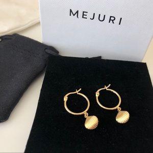 Mejuri shell earring